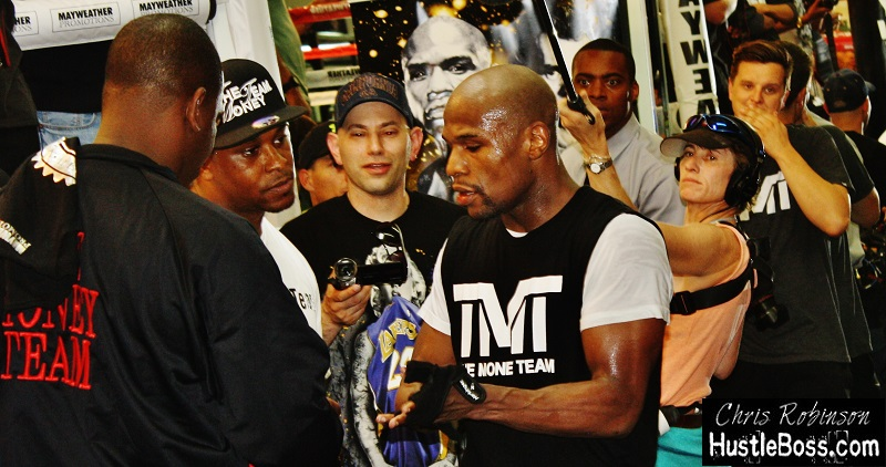 photos: An inside look at Floyd Mayweather's media day in Las Vegas