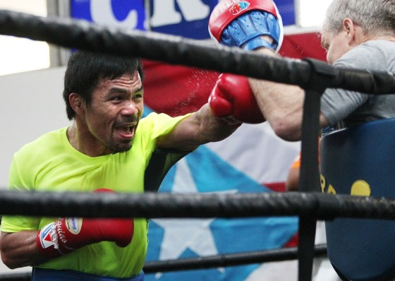 Pacquiao_trains_150422_001a (2)