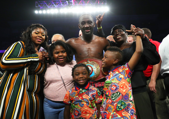 Terence_Crawford_family_celebration