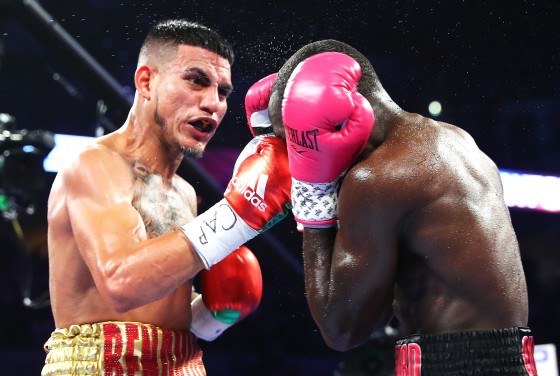 Terence_Crawford_vs_Jose_Benavidez_action5