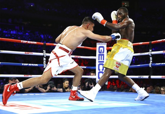 Terence_Crawford_vs_Amir_Khan_action3