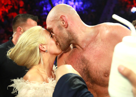 Tyson_Fury_kiss
