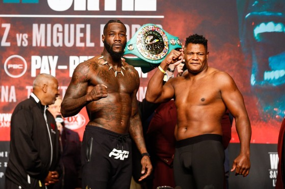 LR_TGB-WEIGH IN-WILDER VS ORTIZ 2-TRAPPFOTOS-11222019-6115