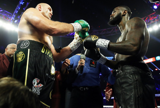 Deontay_Wilder_vs_Tyson_Fury_begins