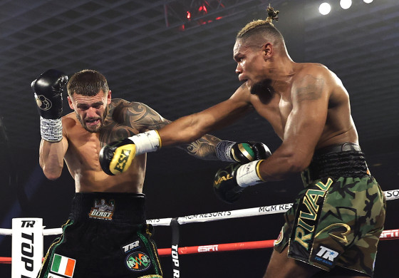Eleider_Alvarez_vs_Joe_Smith_Jr_action2